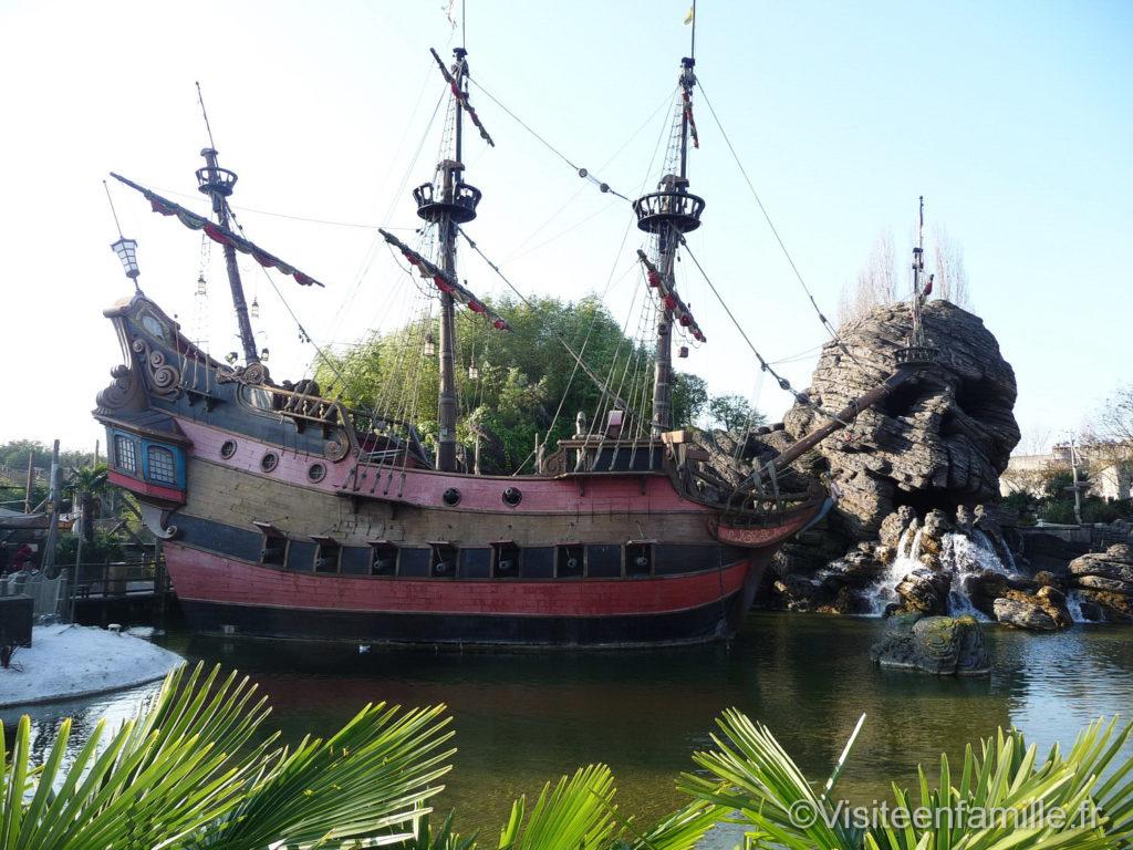 bateau-pirate-disneyland