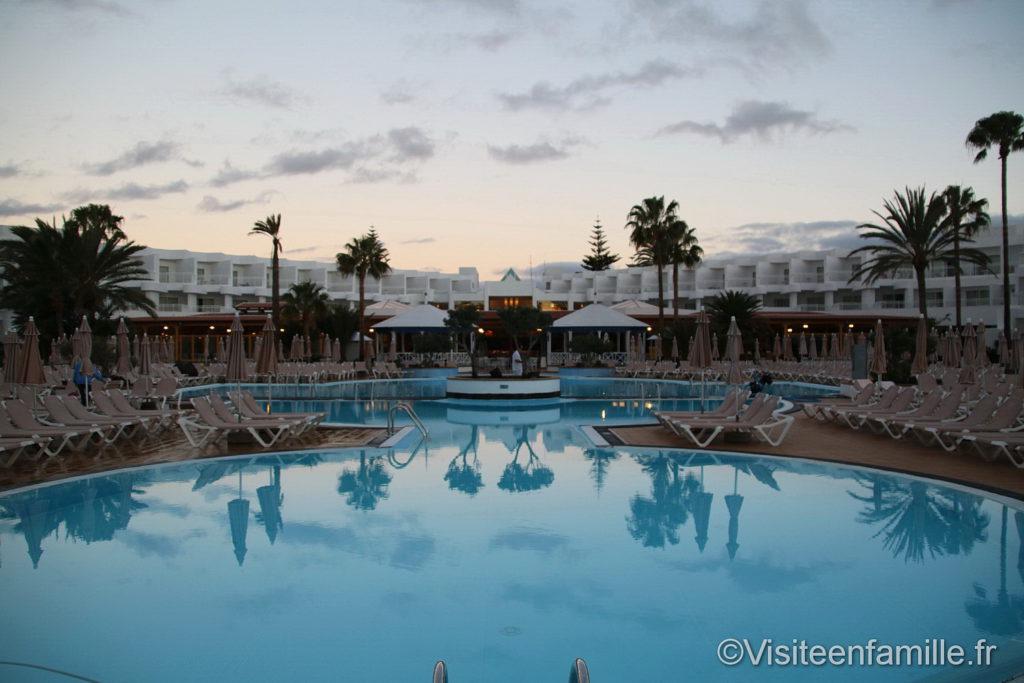 La piscine Hôtel Riu Paraiso