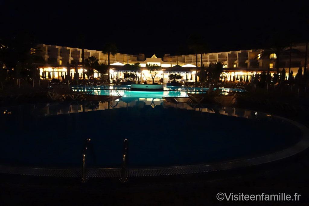 Hôtel Riu Paraiso de nuit