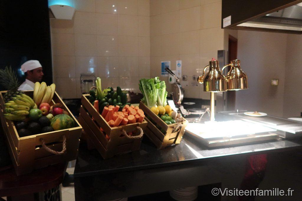 Les fruits et des légumes du petit déjeuner