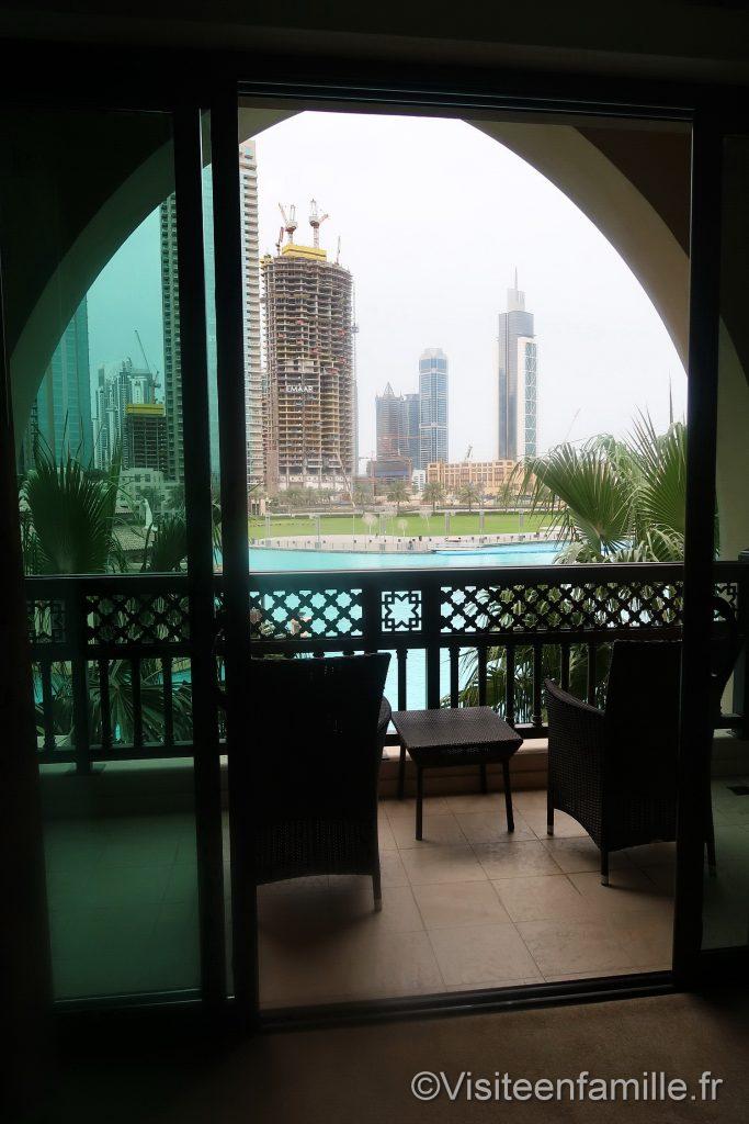 Terrasse de la chambre du Palace Downtown Dubai