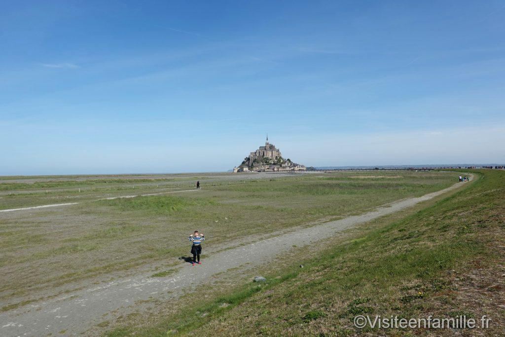 Le mont Saint Michel vu de la terre