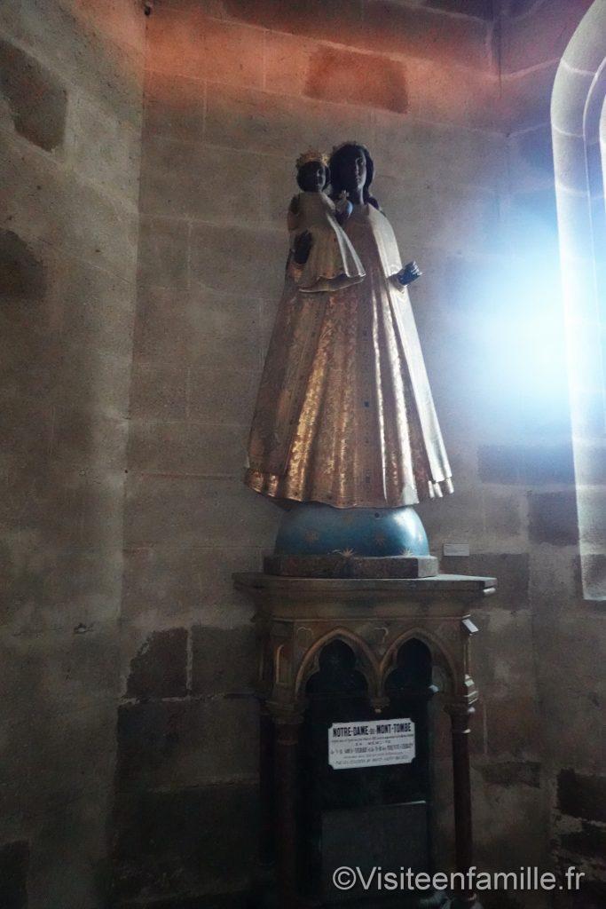 Statue de la vierge noire au mont Saint Michel