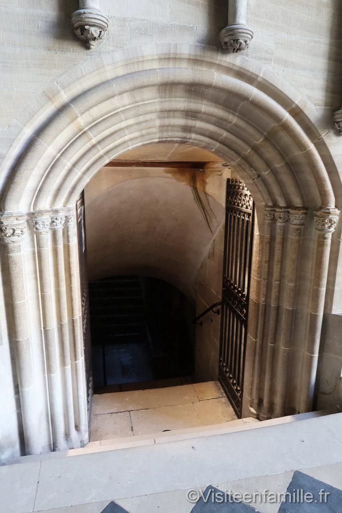 porte crypte de bayeux