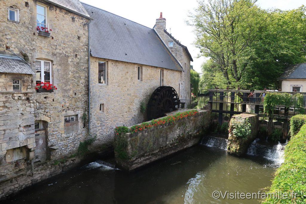 Roue à aube de Bayeux