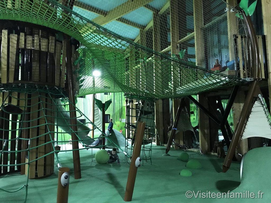 aire de jeux forest lodge center parc trois forêt