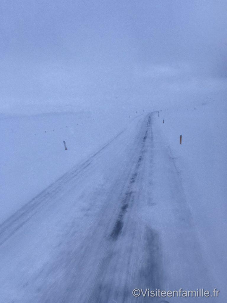 Route gelée en Islande