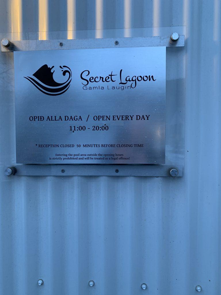 Panneau secret lagoon