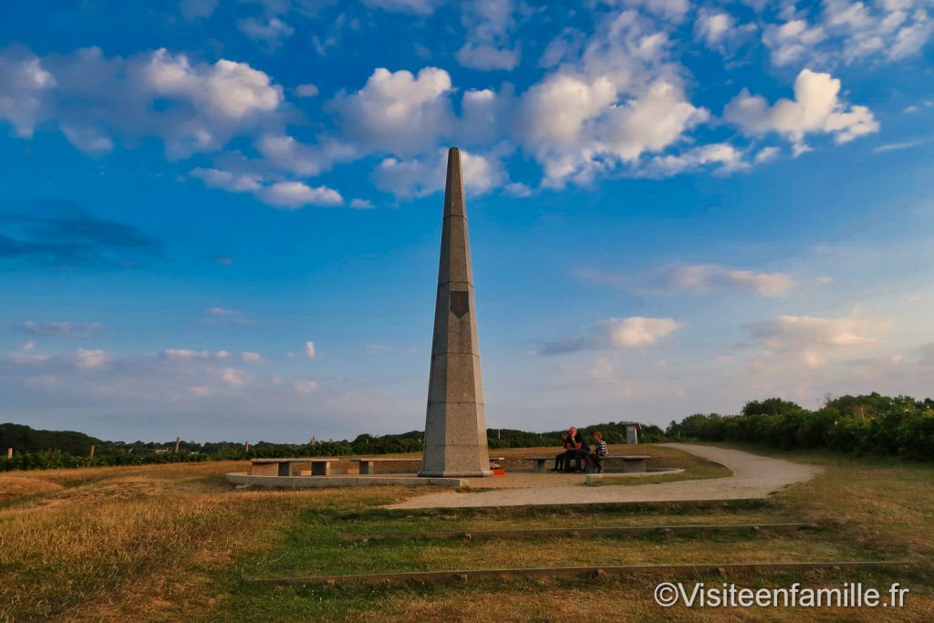 Monument 1ere division d'infanterie US Omaha beach