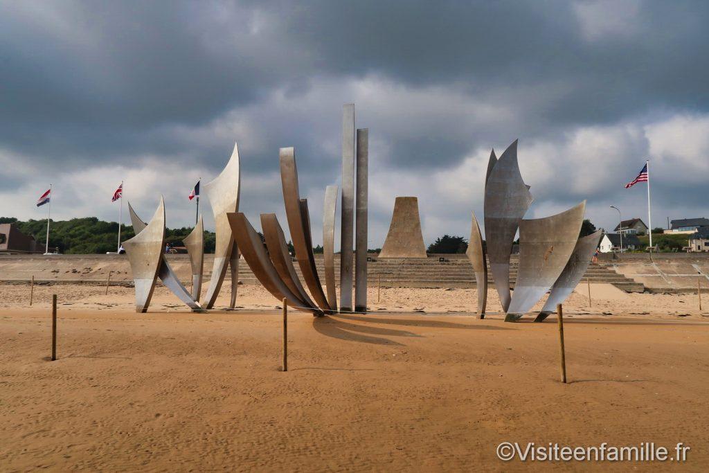 Sculpture les braves plage d'Omaha beach