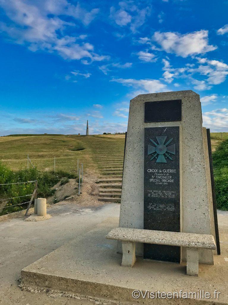 Monument 1ere division d'infanterie US Omaha beach croix de guerre