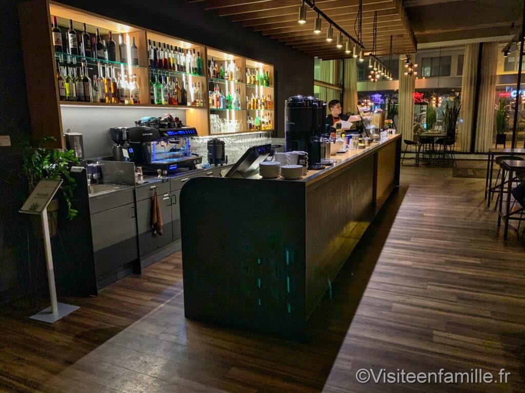Bar du Center Hotel Midgardur à Reykjavik