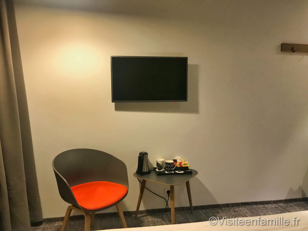 télévision du Center Hotel Midgardur à Reykjavik