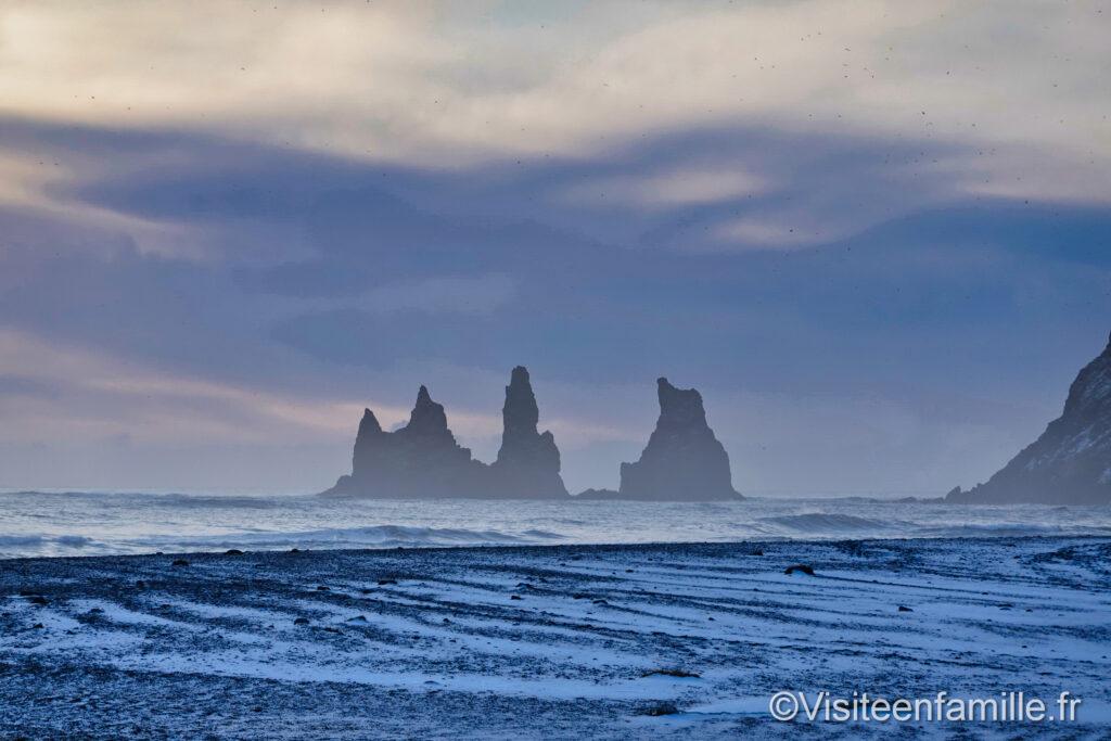 Reynisdrangar à vík í mýrdal islande